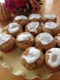 Pumpkin Spice Muffins with Cinnamon Glaze